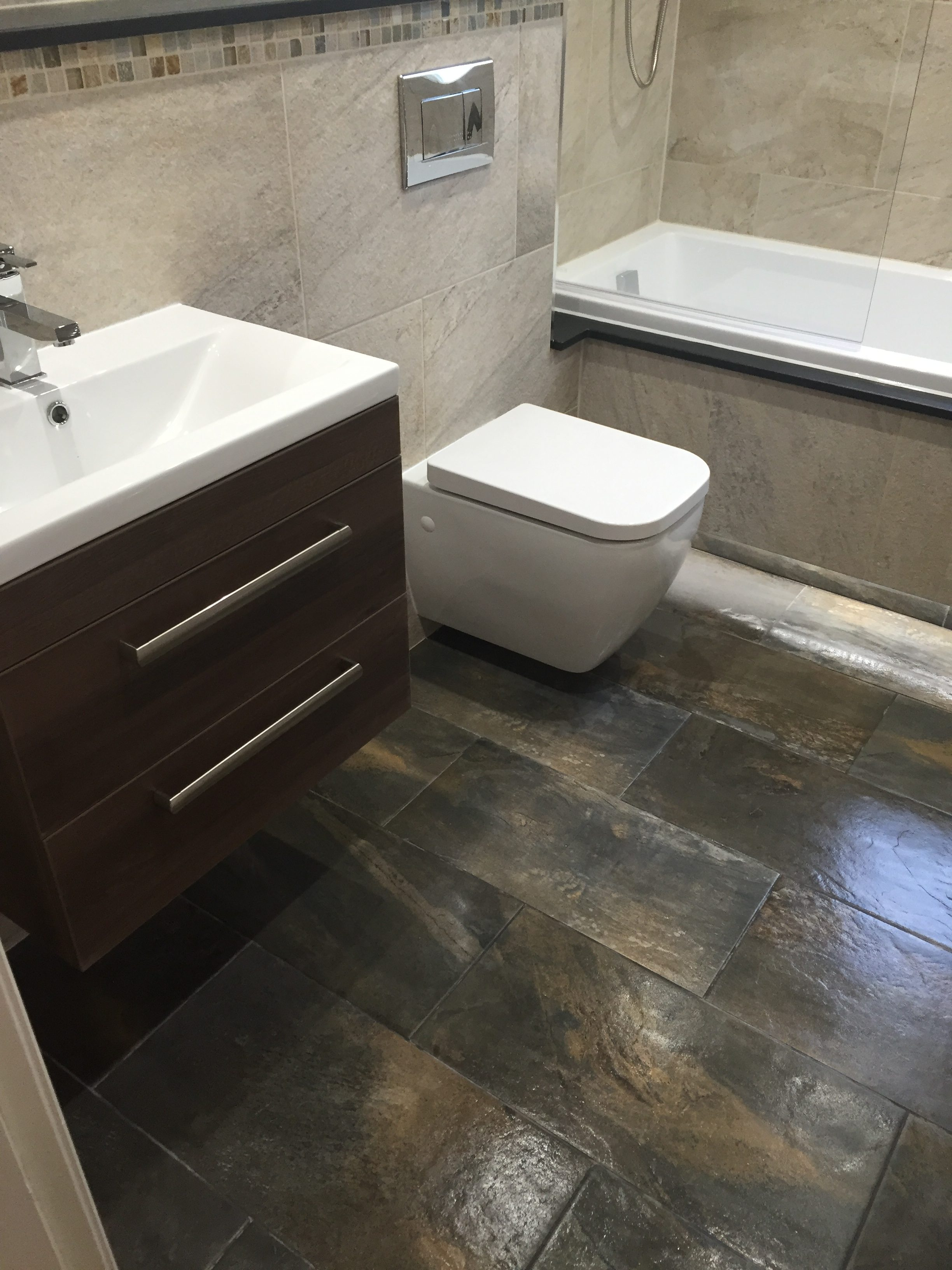 Stone archives fylde tiles the tiling work has been completed by graham knight 07781 7728031 and the job was managed by adrian lewis joinery 07885 217024 dailygadgetfo Image collections